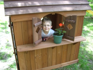 Franklin in his new play house